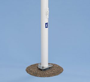 Flagpole for traditional flagging