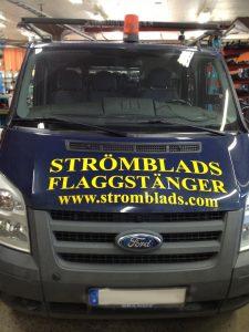 Strömblads lastbil för flaggstångsservice